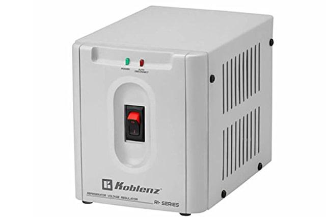 regulador para refrigerador, lavadora y secadora marca koblenz de 1500 va