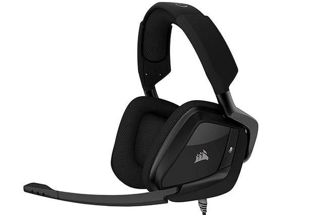los audifonos Corsair Void Pro cuentan con sonido 7.1 envolvente virtual y ademas son alambricos y tienen una version inalambricos