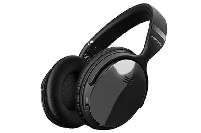 los auriculares mpow son los mejores en cuanto a precio, ademas ofrecen una buena duracion de la bateria, son inalambricos y su sonido es estereo, creo que traen microfono y cancelacion de ruido
