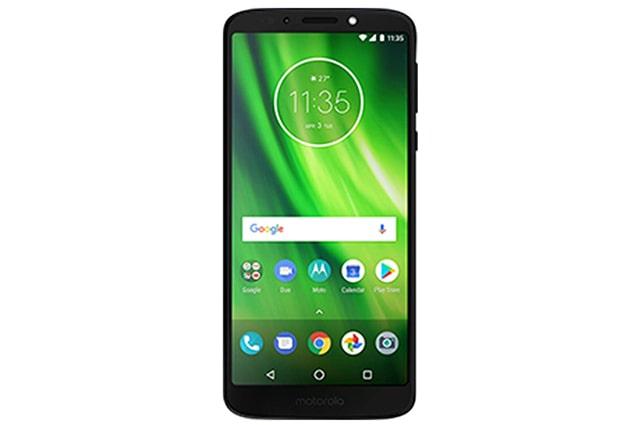el Motorola Moto G6 cuenta con una buena camara trasera de 12 mega pixeles y 5 mp en la camara delantera, es una buena opcion a buen precio