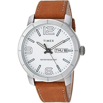reloj formal de hombre timex con correa de piel, resistente al agua